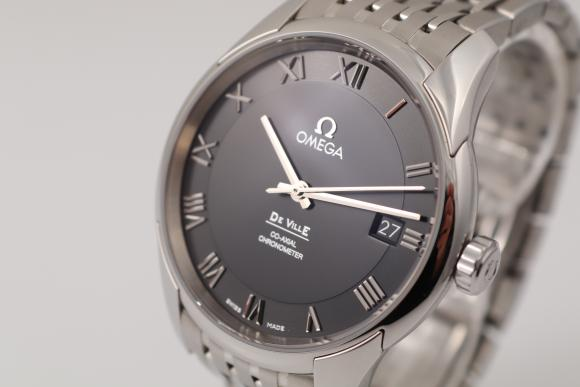Omega Hour Vision Co-Axial Chronometer