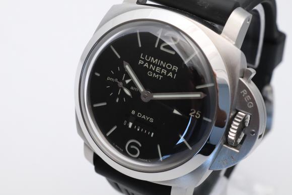 Panerai PAM0233 8 Days GMT