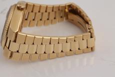 Rolex Day-Date Oysterquartz