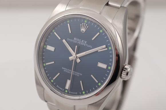 Rolex Oyster 39mm blue