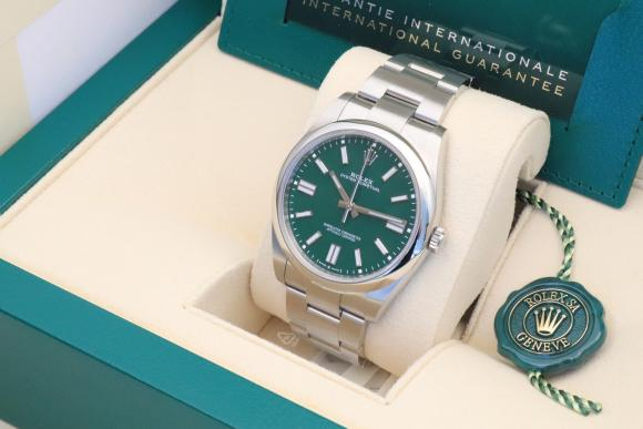 Rolex Oyster 41mm Green Dial Ref. 124300